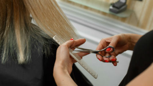 когда лучше стричь волосы в ноябре