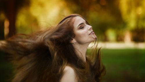 когда лучше стричь волосы в сентябре